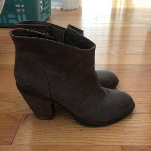 Jessica Simpson Brown Chunky Heel Booties